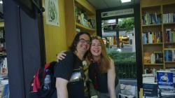 Gabriel Díaz con la escritora Valérie Tasso en la FLSevilla