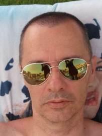 El escritor barcelonés Sergio Clavel