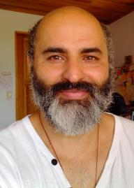 Luis Eduardo Vivero, autor indie