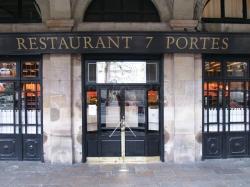 Fachada del emblemático restaurante barcelonés