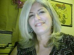 La autora Adelaide Crescioni-Army. De Puerto Rico