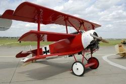 'Circo Volador', su avión rojo