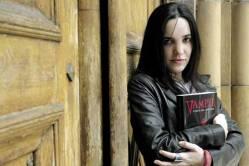 Con su primer libro gótico publicado 'Vampyr'