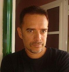 El escritor Javier Hernández Velázquez
