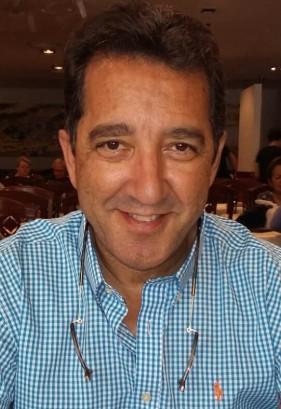Foto Jose Luis Alcañiz autor de la novela Corazón de ámbar